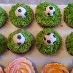 Cupcakes con pallone da calcio