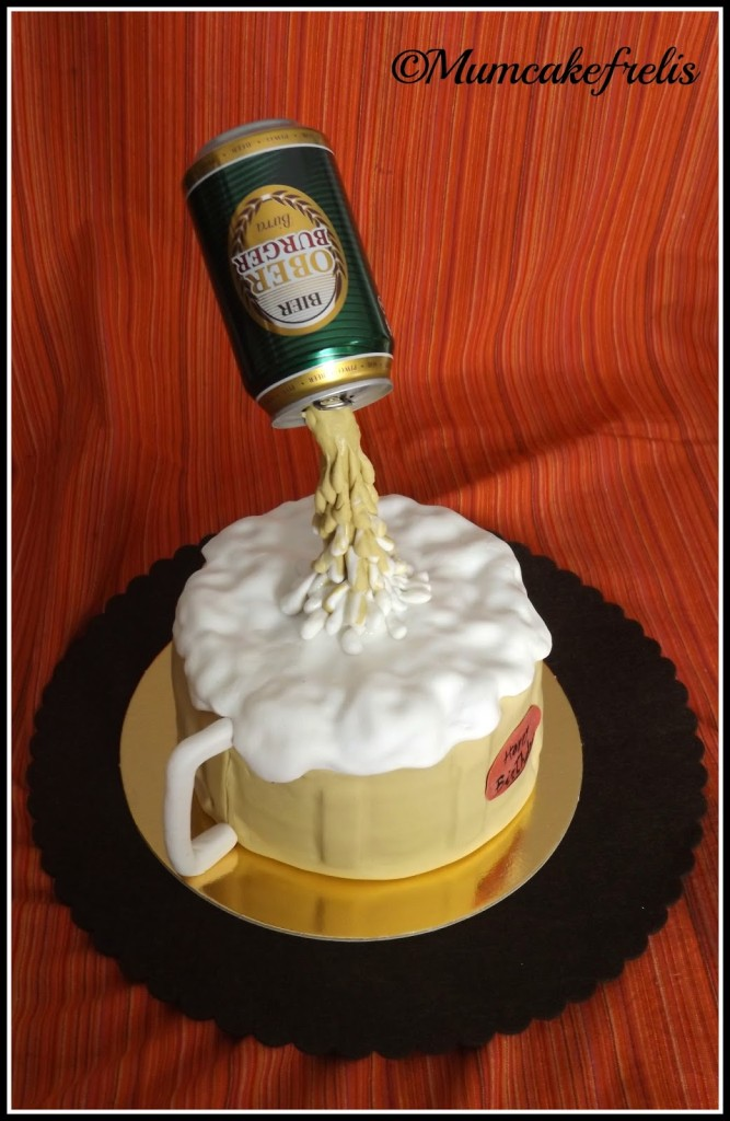 Gravity-defying Beer Mug Cake Gravity defying beer cake
