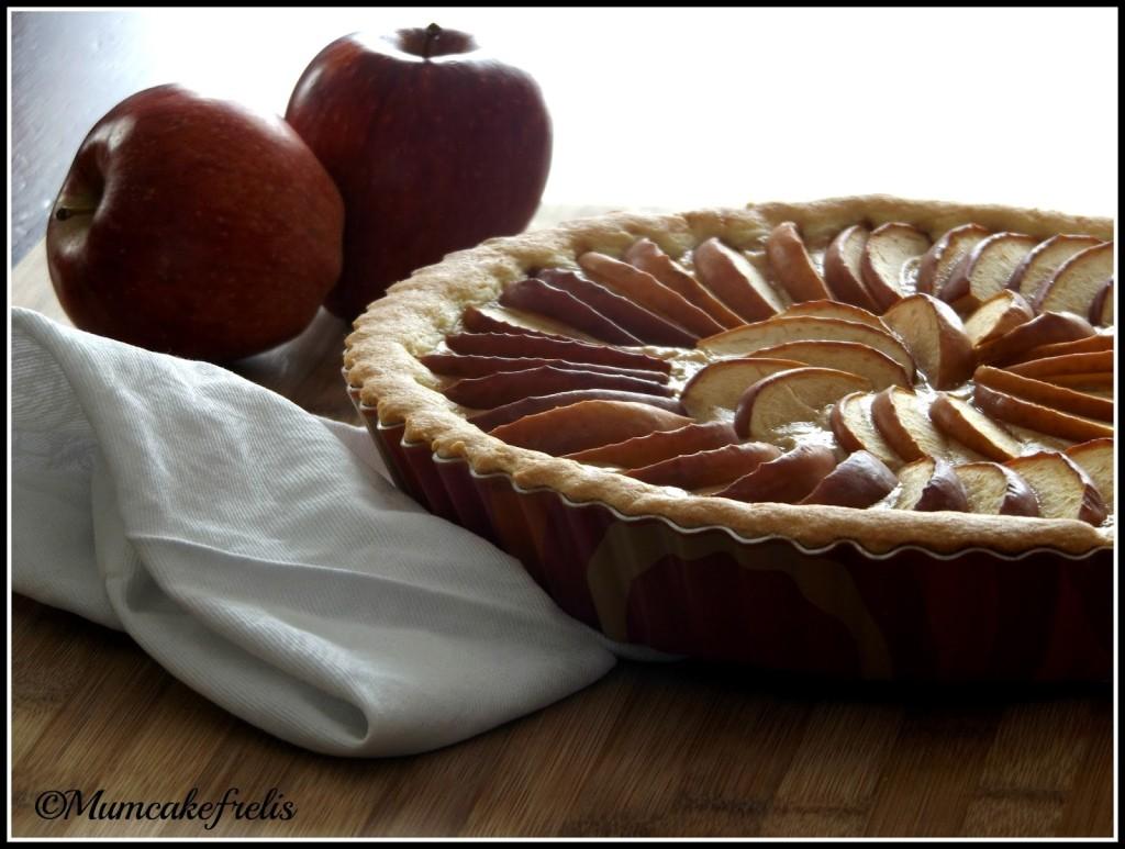 Torta di mele e crema pasticcera crostata