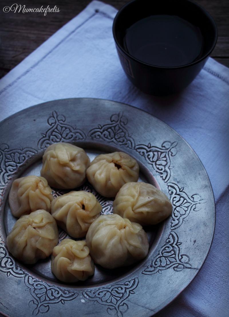 Ravioli cinesi ripieni di carne