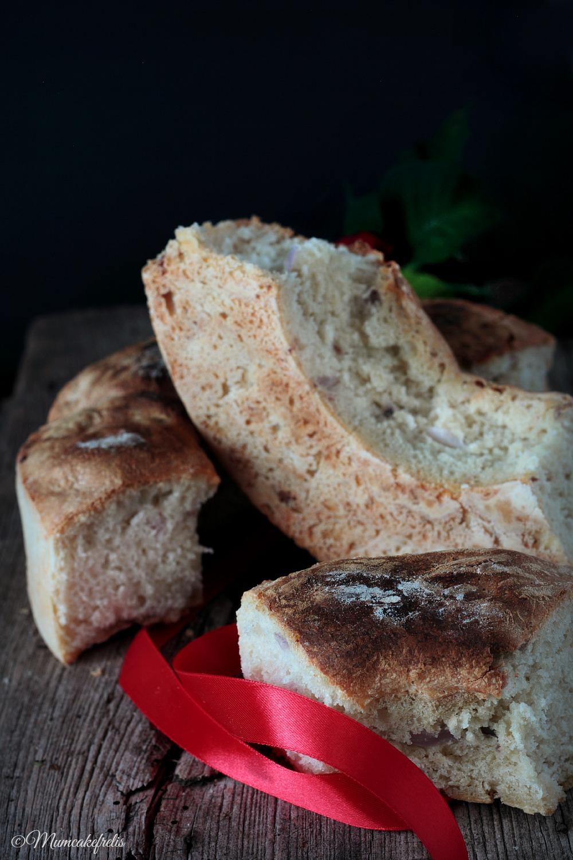 ciambella di pane con cipolla