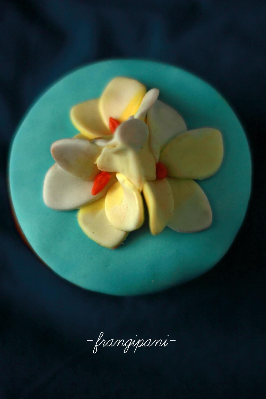 Cupcake con frangipani