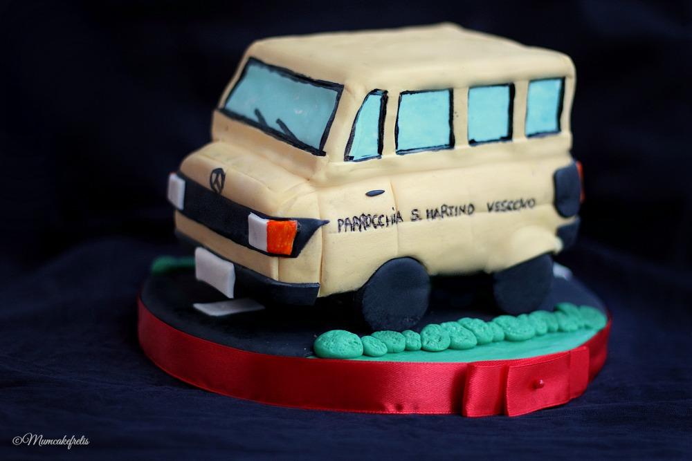 scuolabus cake topper