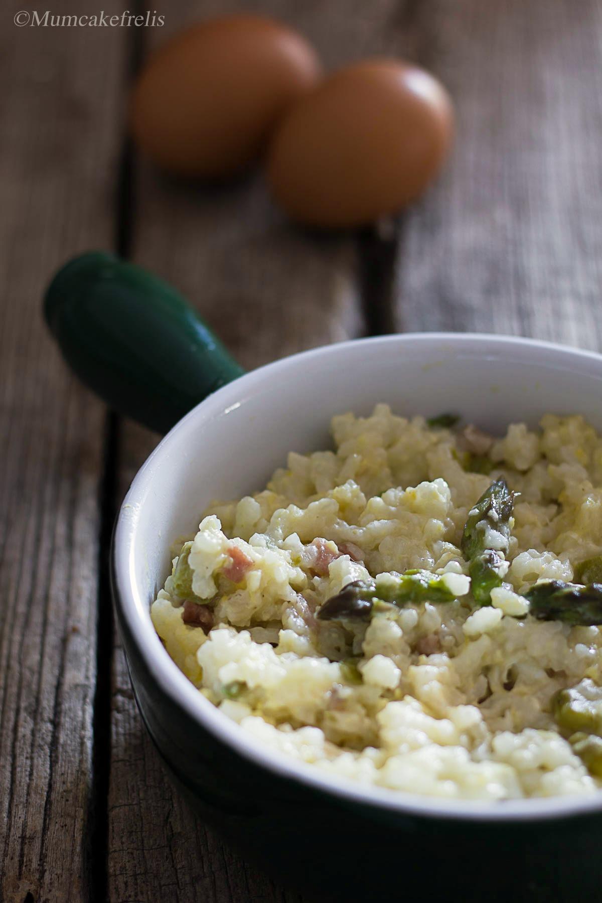 Risotto con asparagi e uova