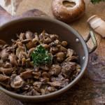 Funghi trifolati un contorno gustoso di champignon