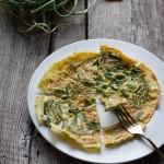 ricetta della frittata con talli d'aglio