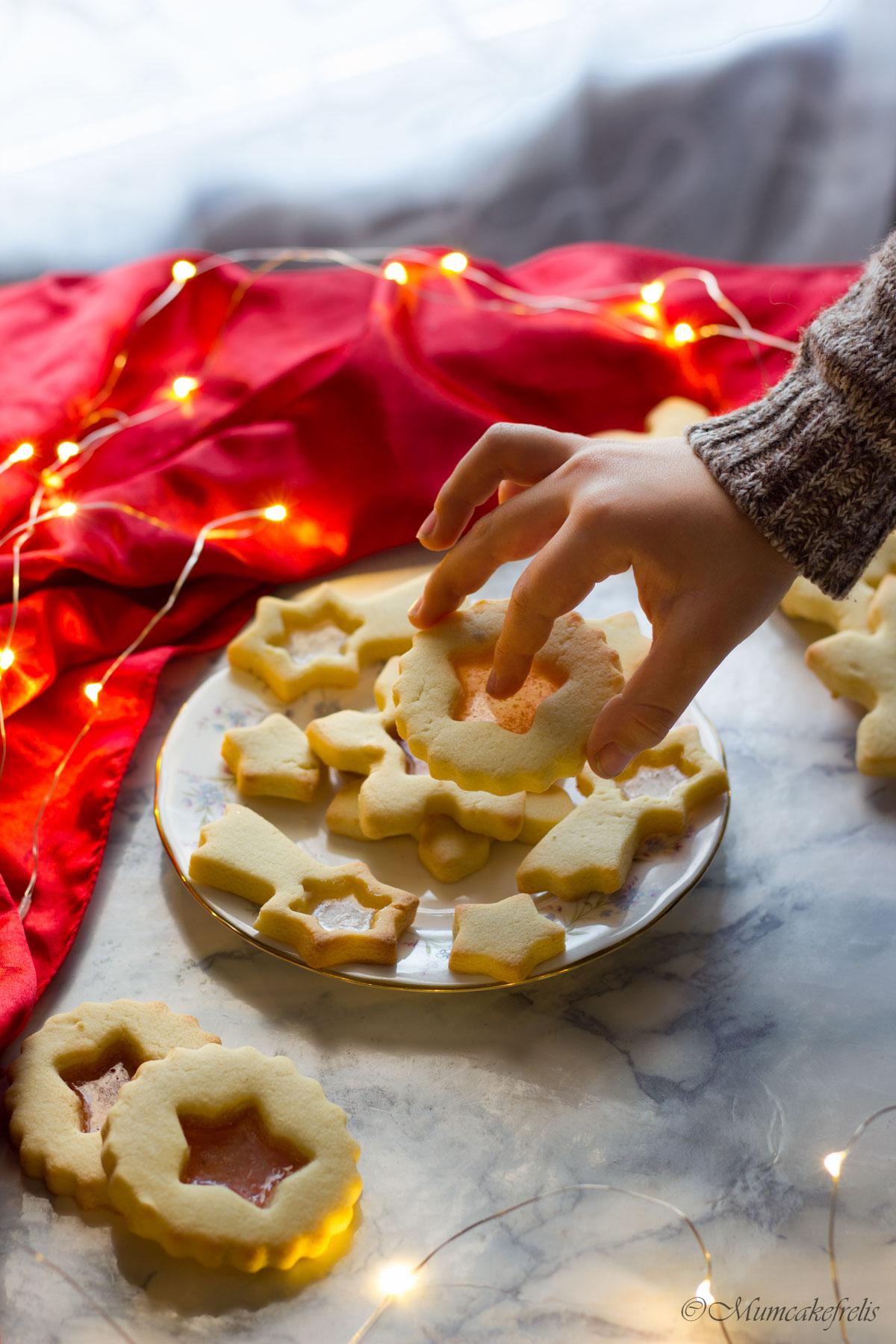 biscotti di vetro con caramelle