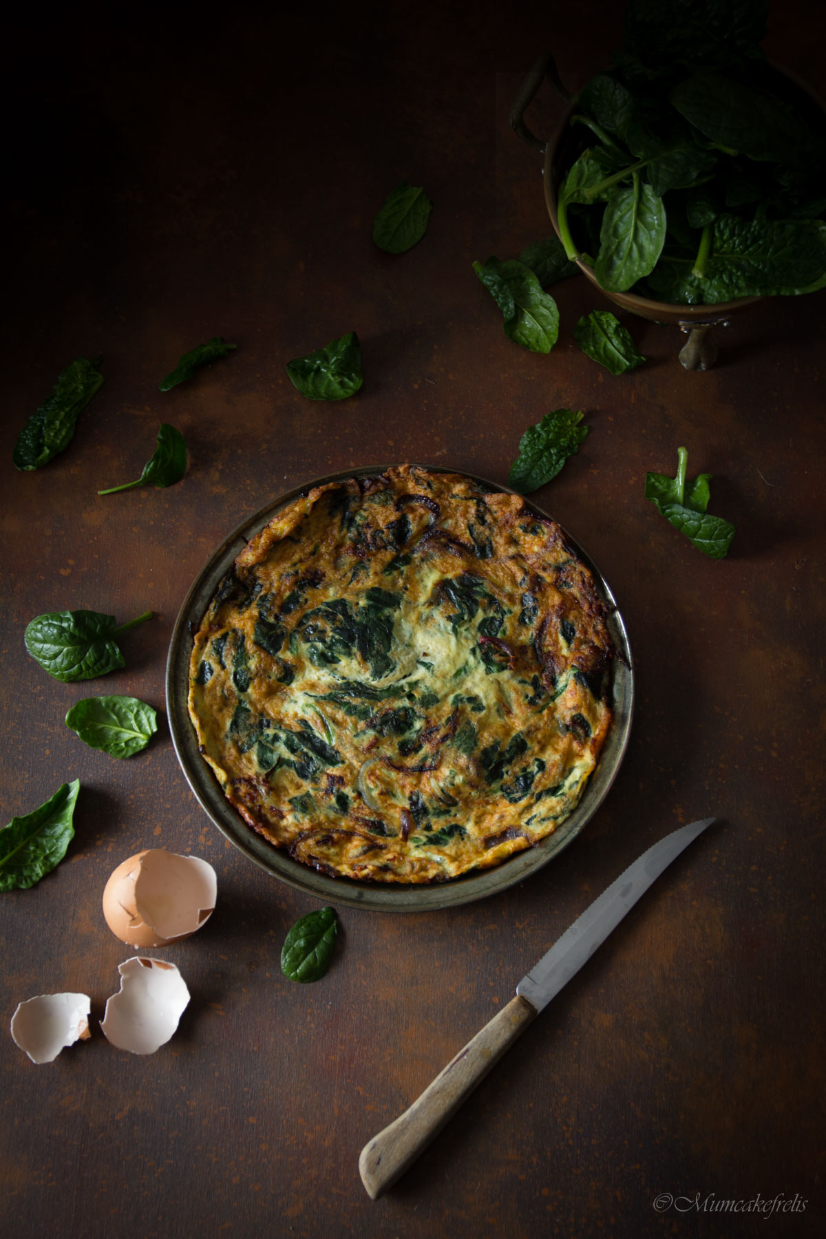 frittata spinaci freschi in padella