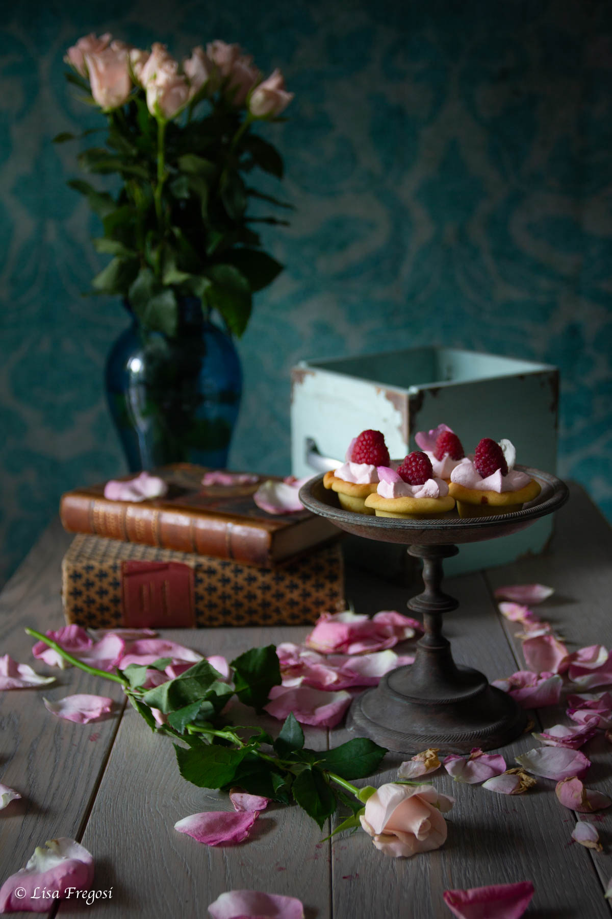 mini cheesecake with rose & raspberry