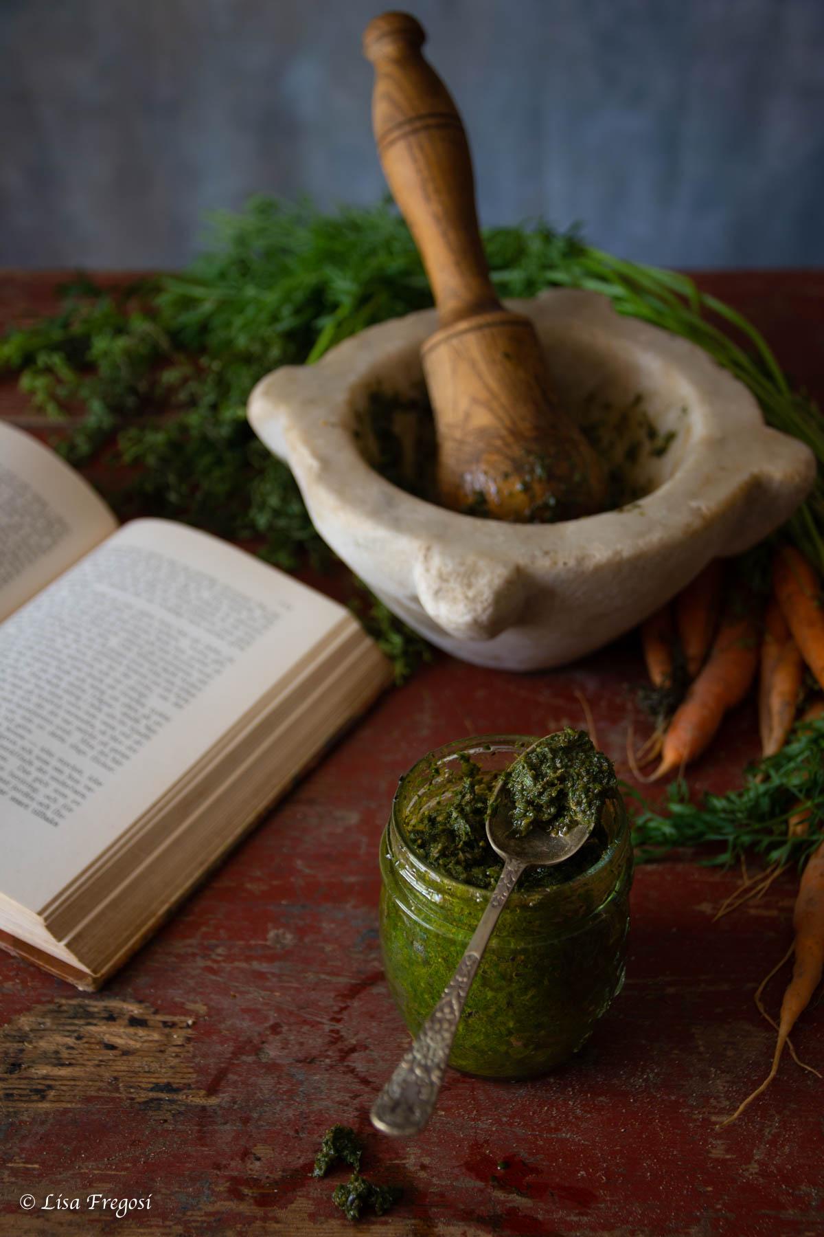 Pesto di ciuffi di carote
