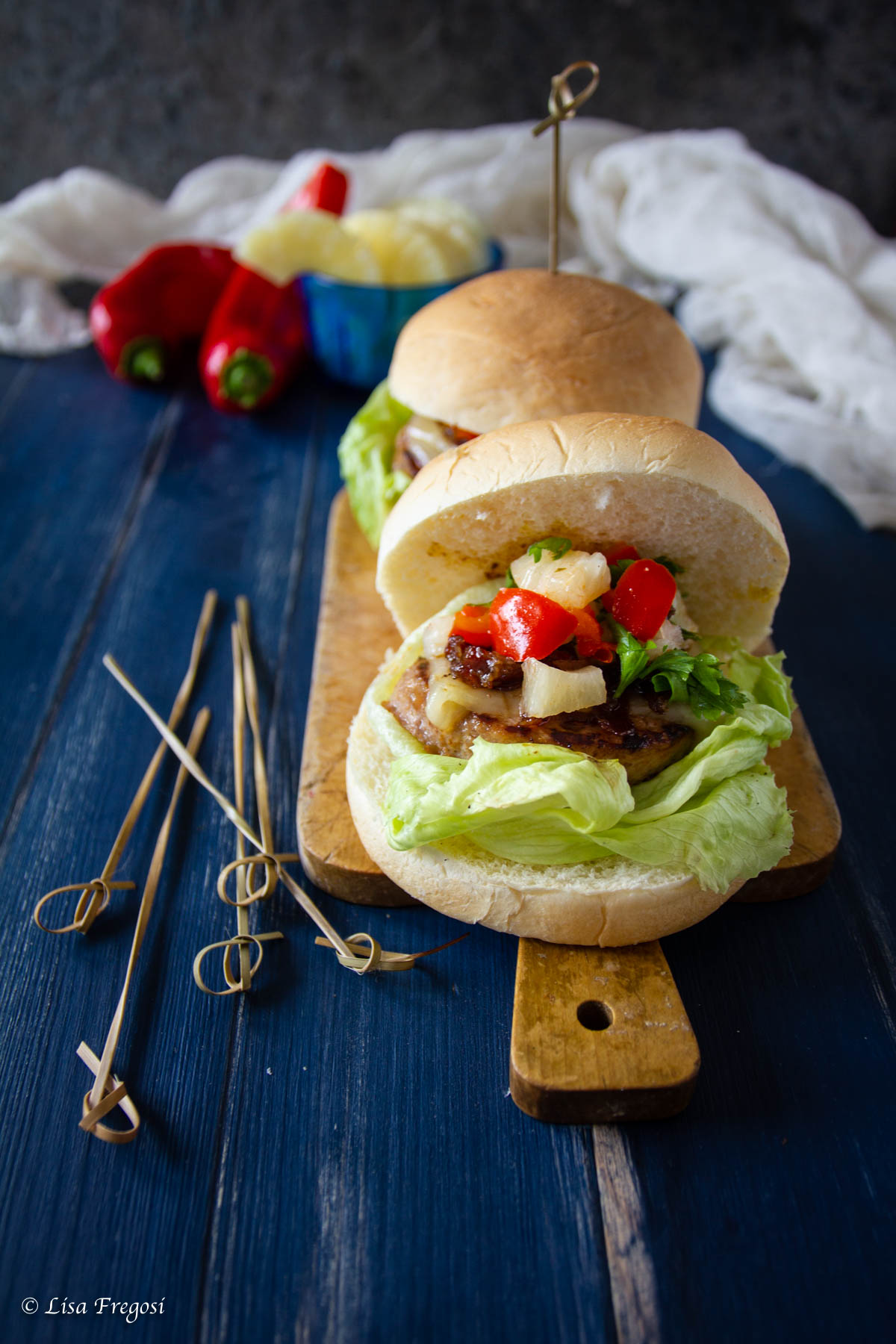 hamburger di maiale e ananas