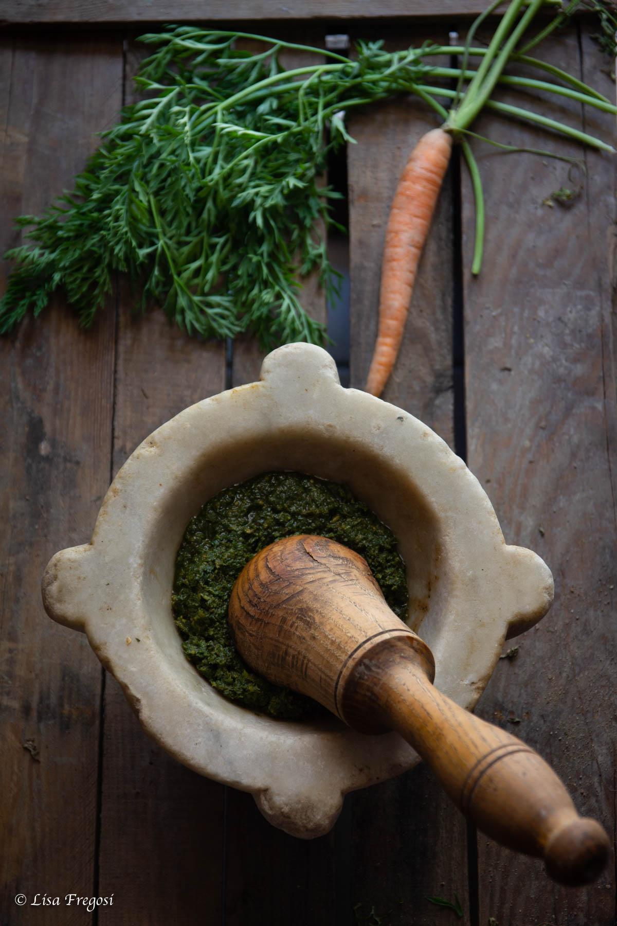 ricetta del pesto di foglie di carote