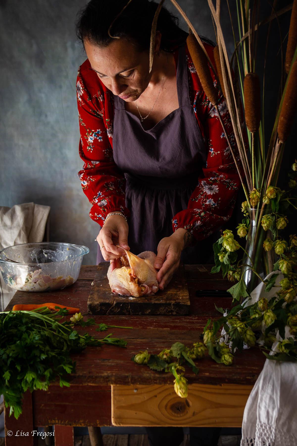gallina ripiena gallina ripiena arrosto gallina ripiena in brodo gallina ripiena alla veneta gallina ripiena in brodo tempo di cottura gallina con ripieno cottura gallina ripiena