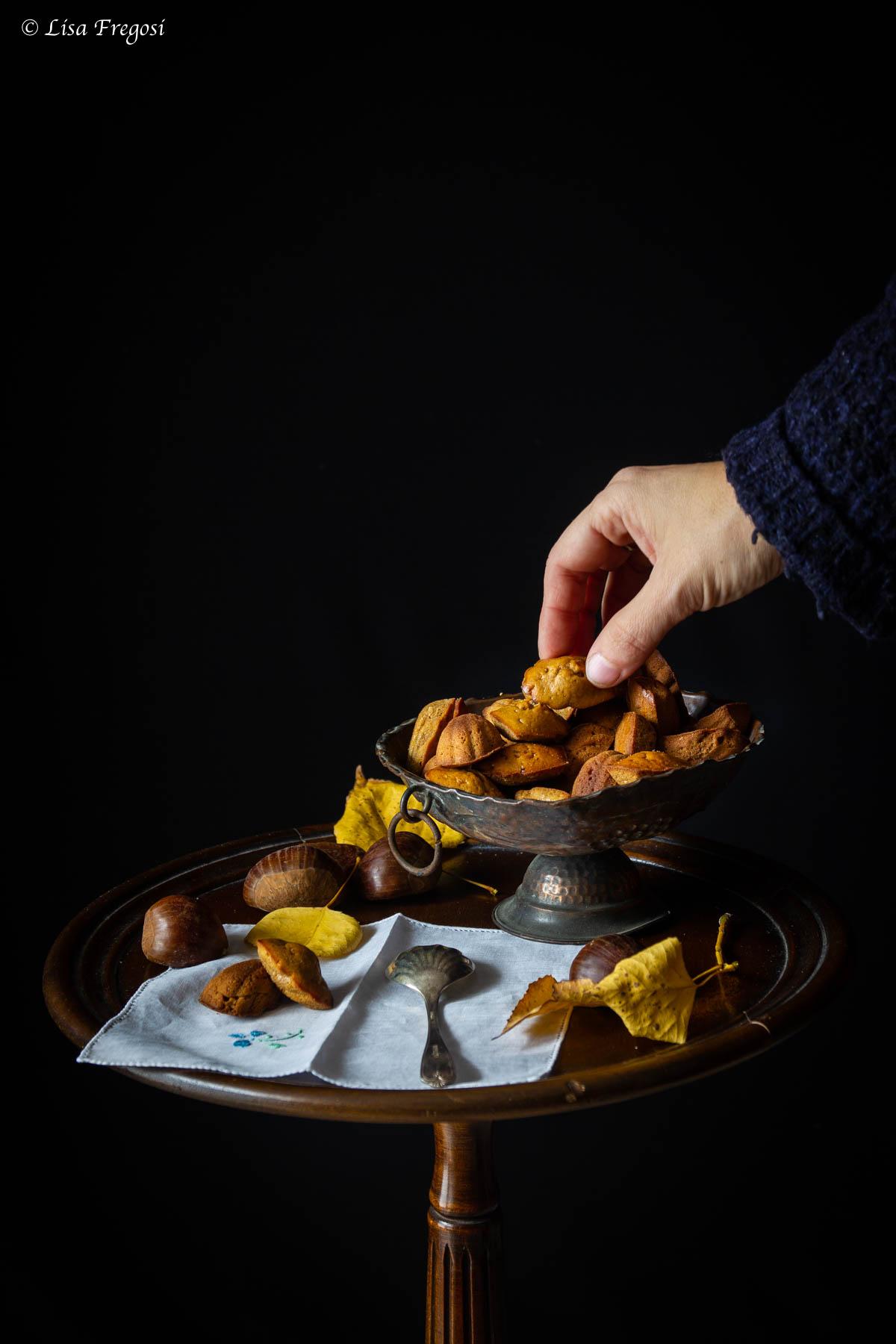 la ricetta delle madeleine di farina di castagne