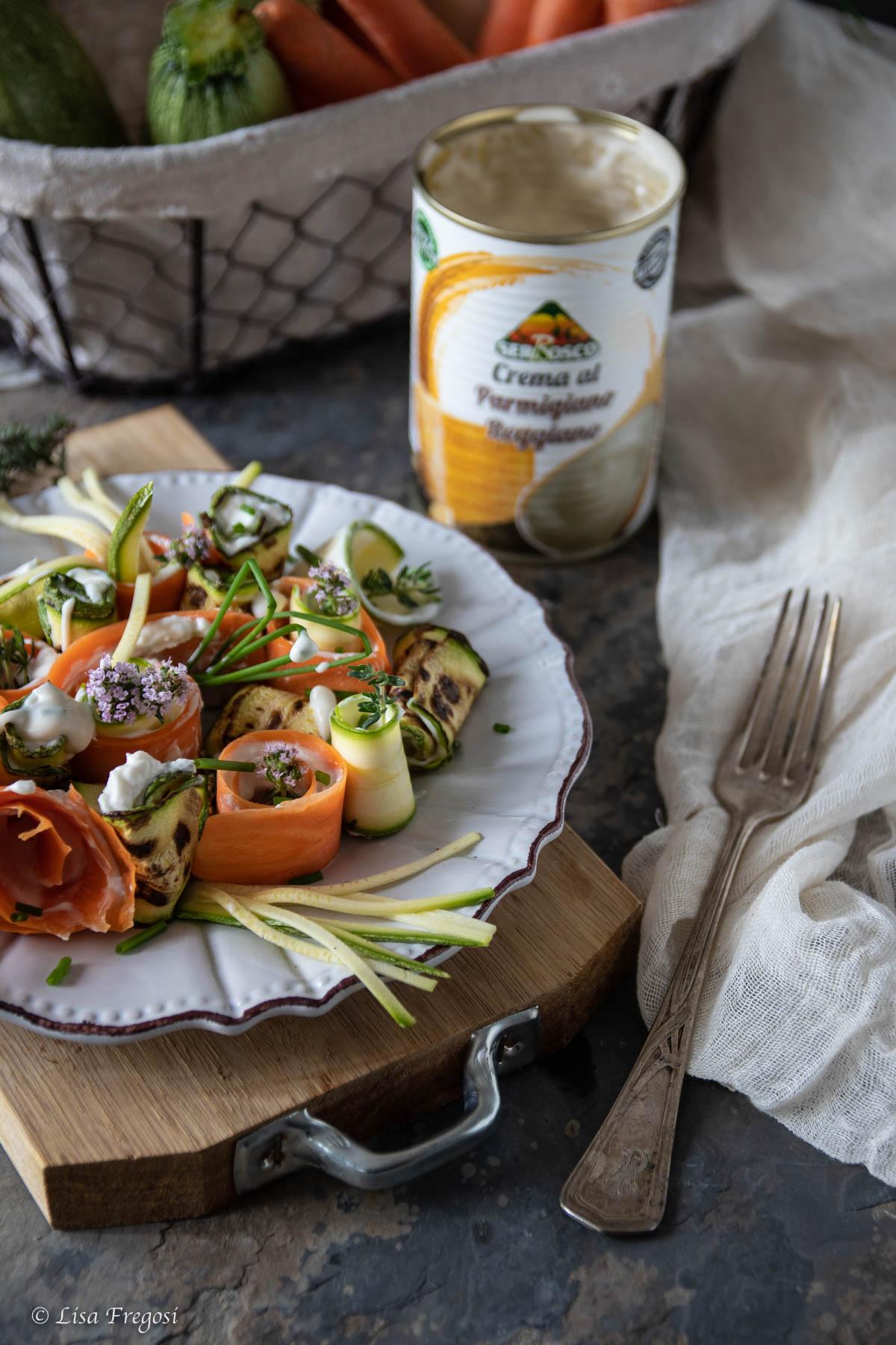 Rotolini di verdure con crema al parmigiano