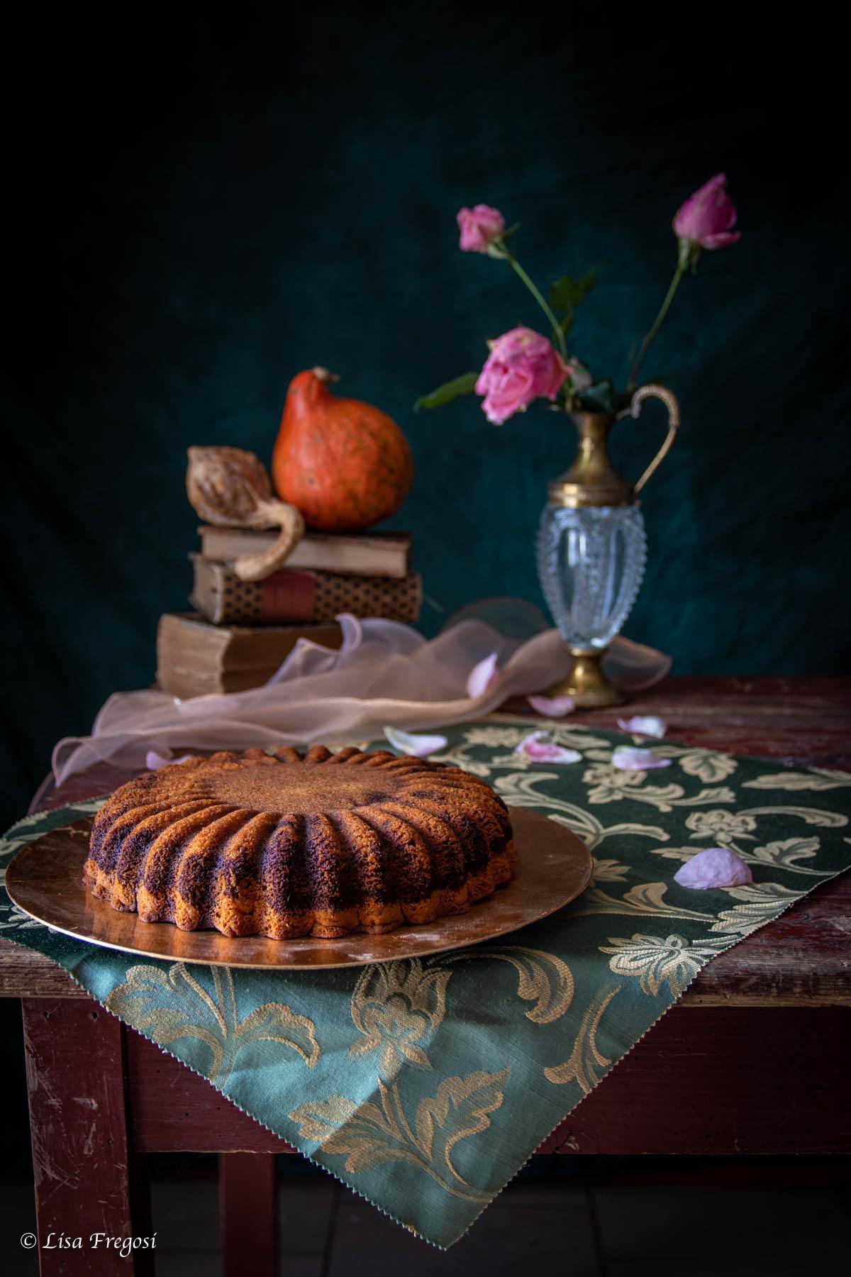 Ricetta della torta alla zucca con variegatura al cacao