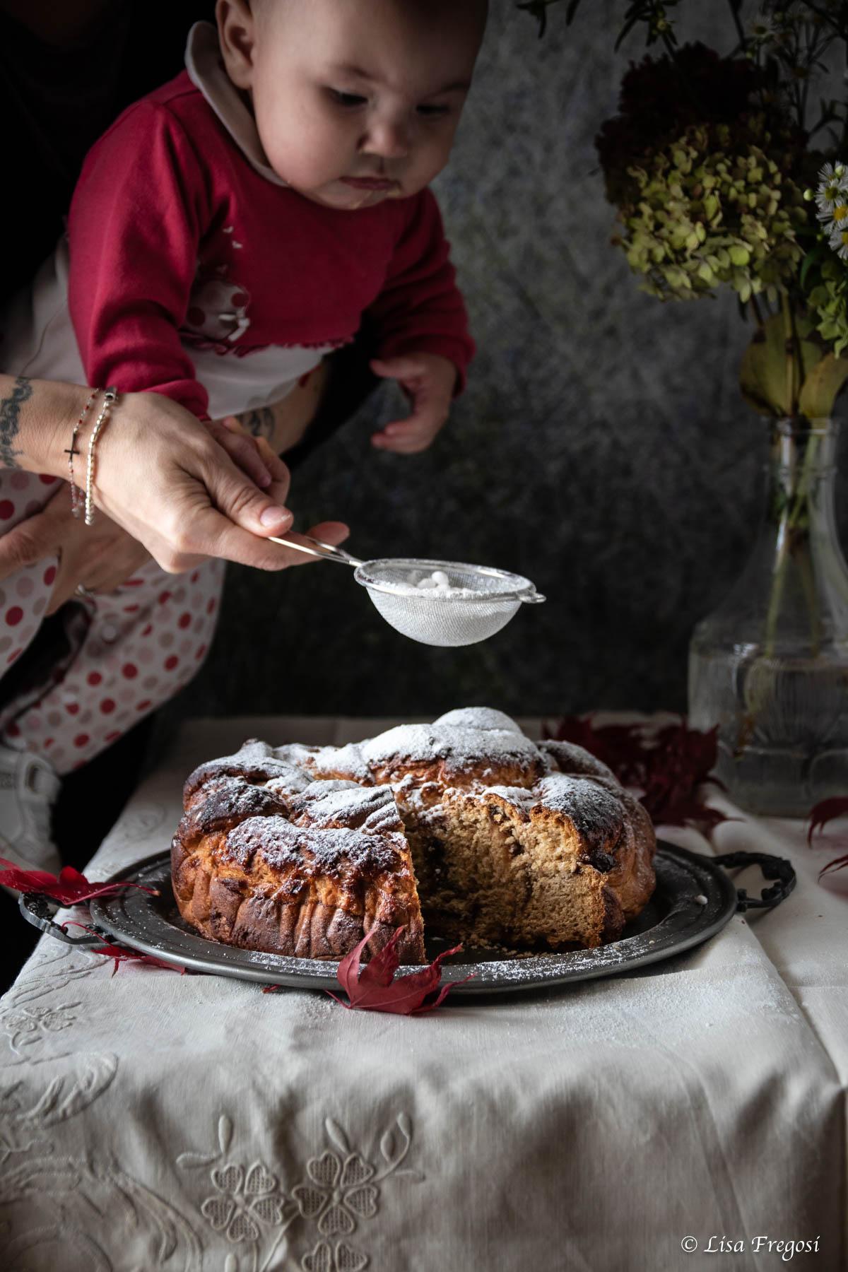 treccia lievitata con marmelllata di fichi_