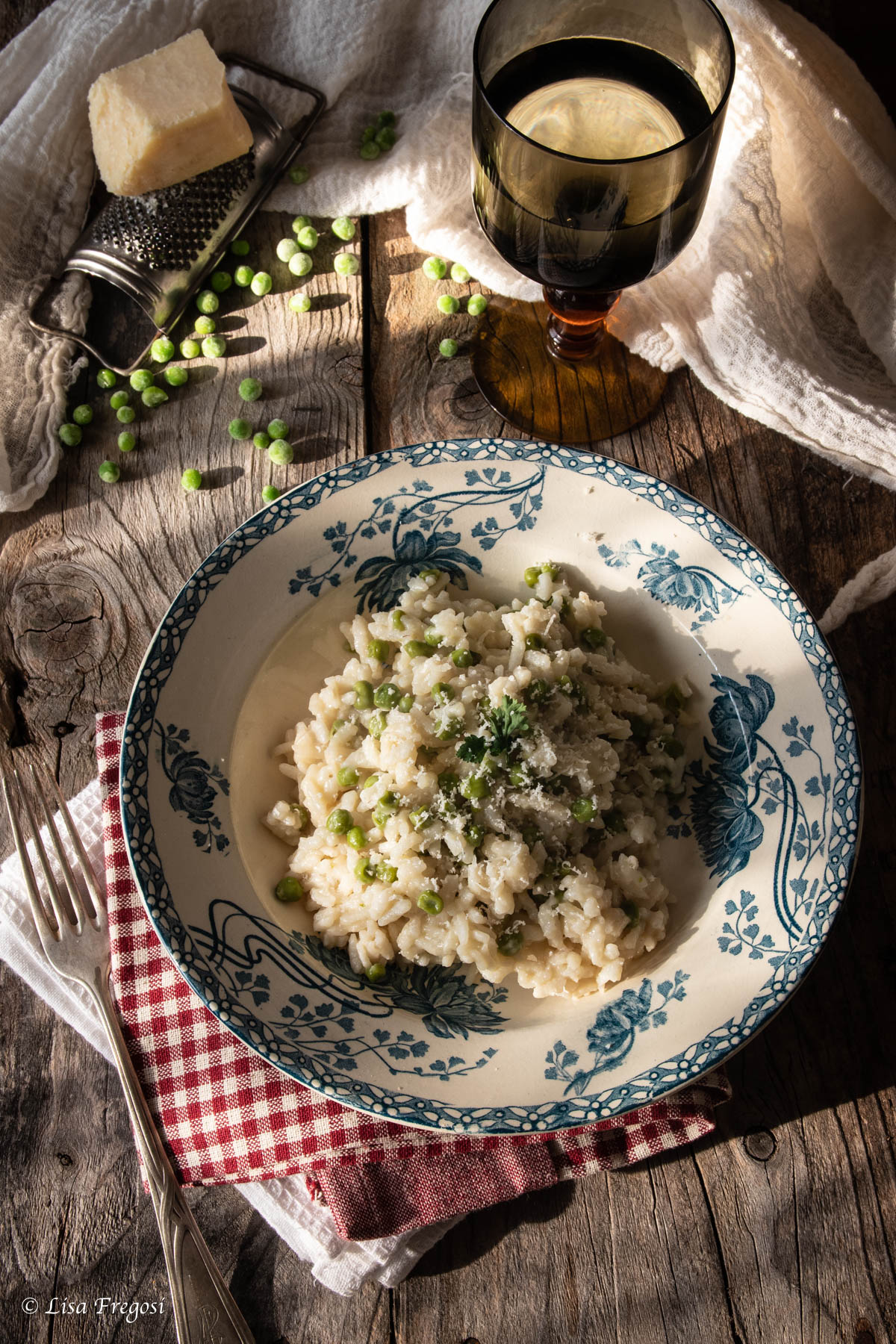 risi e bisi, il risotto con piselli della tradizione veneta