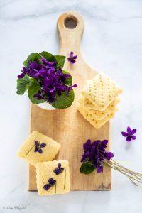 biscotti con violette