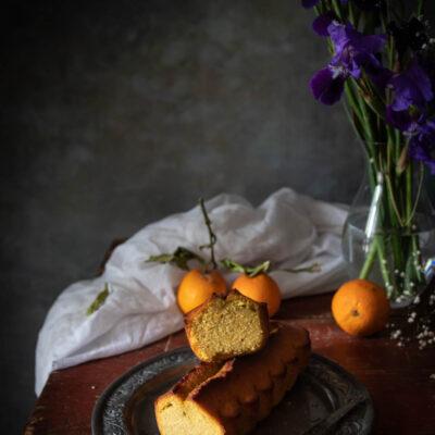 Plumcake semolino con cocco e marmellata di arance