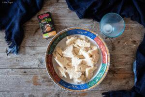 passaggio ricetta polpette pollo al curry e crema di yogurt