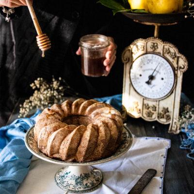 La ricetta della torta con cotogne frullate