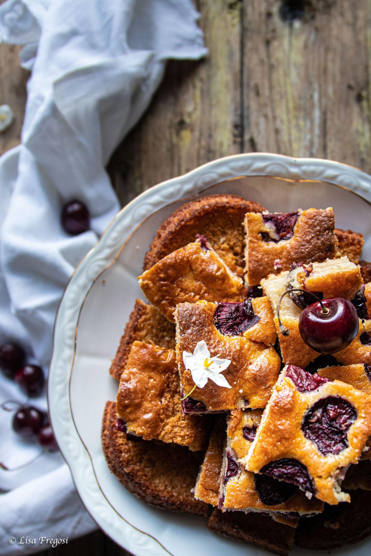 Torta soffice ciliegie saranno ricetta facile